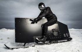 La moto da neve che piacerebbe a James Bond
